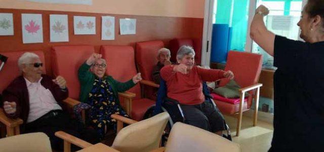 Musicoterapia con personas mayores residencia de ancianos de madrid - Compartir piso con personas mayores ...